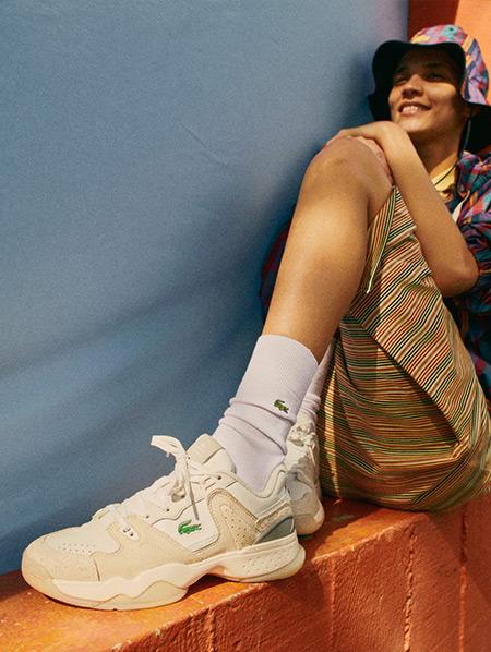Her yaş ve stile uygun, Lacoste ayakkabı modelleri modern ve sportif şıklığı bir arada sunuyor. SNEAKER