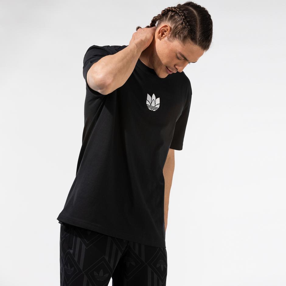 adidas 3D Trefoil Siyah T-Shirt